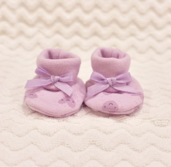 MAUVE HEART BOOTIES